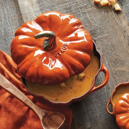 staub pumpkin pumpkin lovers' holiday gift guide