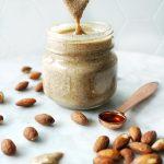 vanilla almond butter (RX Bar copycat vanilla almond butter)