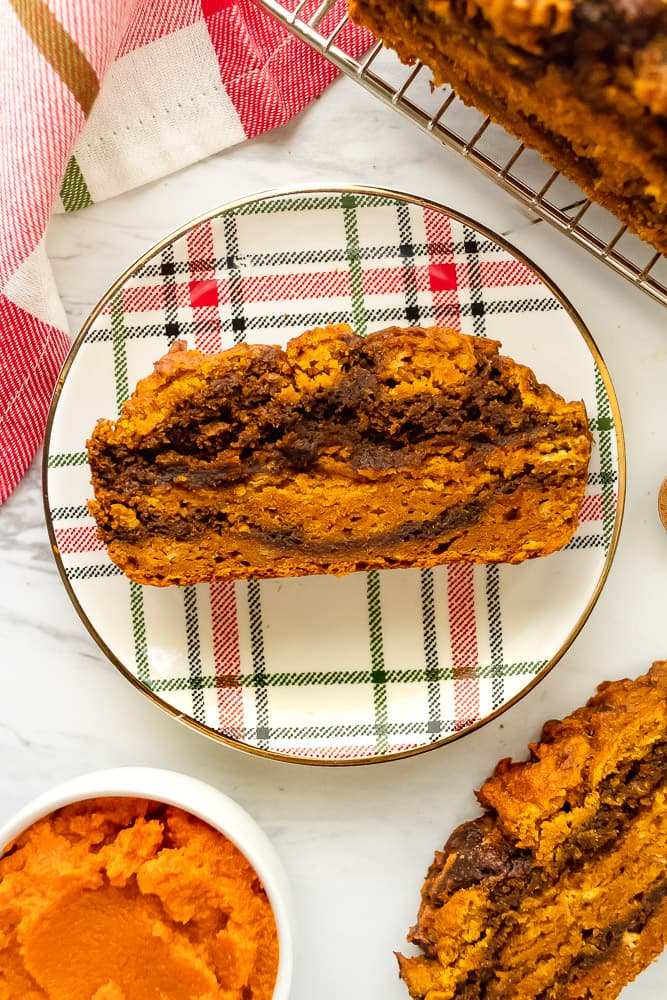 pumpkin gingerbread swirl bread