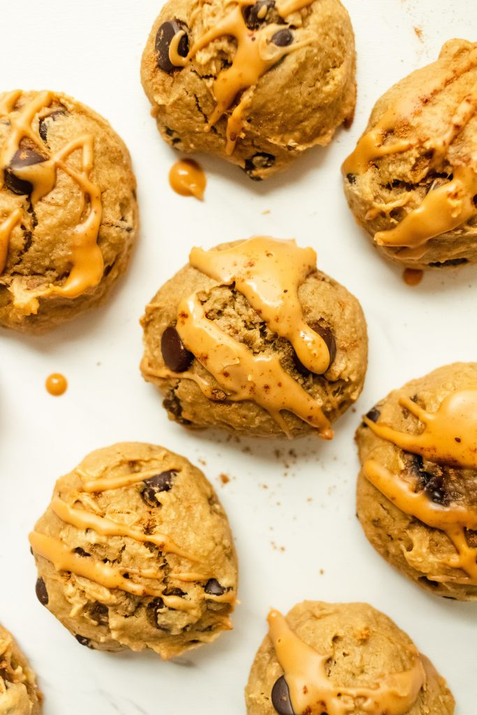 healthy peanut butter banana cookies