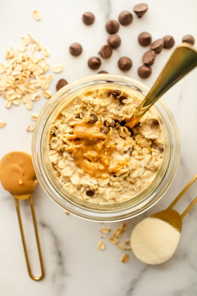 gluten and dairy free cookie dough collagen overnight oats