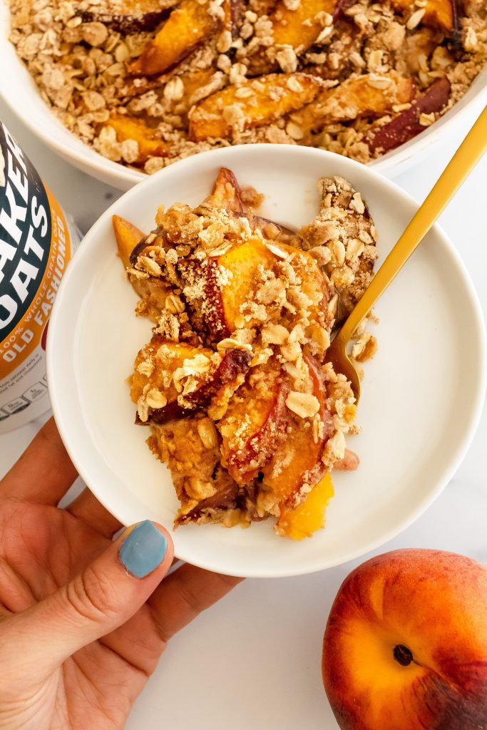 peachy oat crisp made with quaker oats