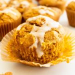 best-healthy-pumpkin-muffins-with-spiced-maple-glaze