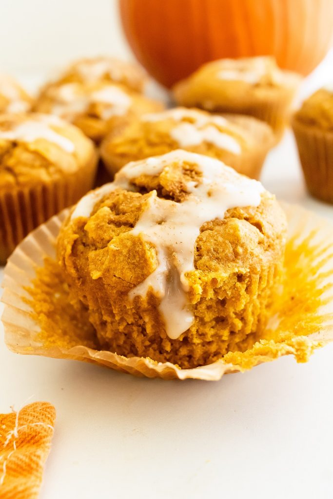 best healthy pumpkin muffins with spiced maple glaze