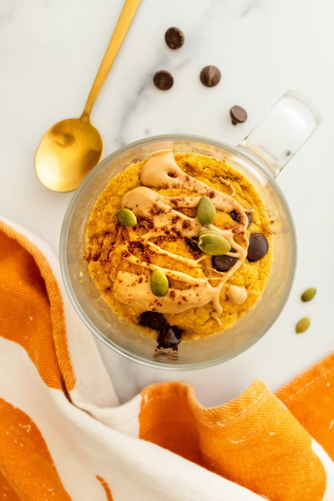 gluten free pumpkin chocolate chip mug cake