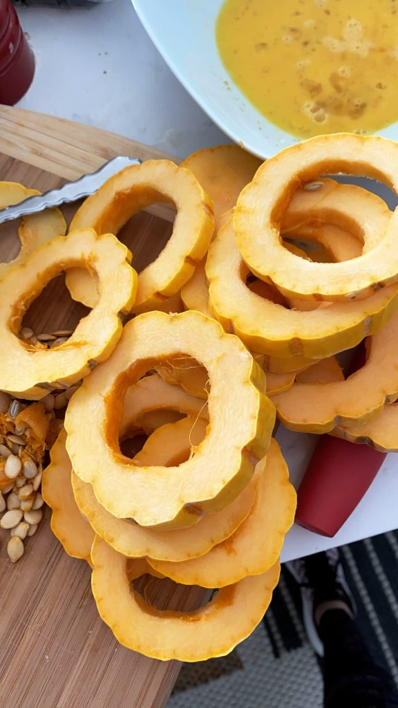 how to cut and deseed delicata squash