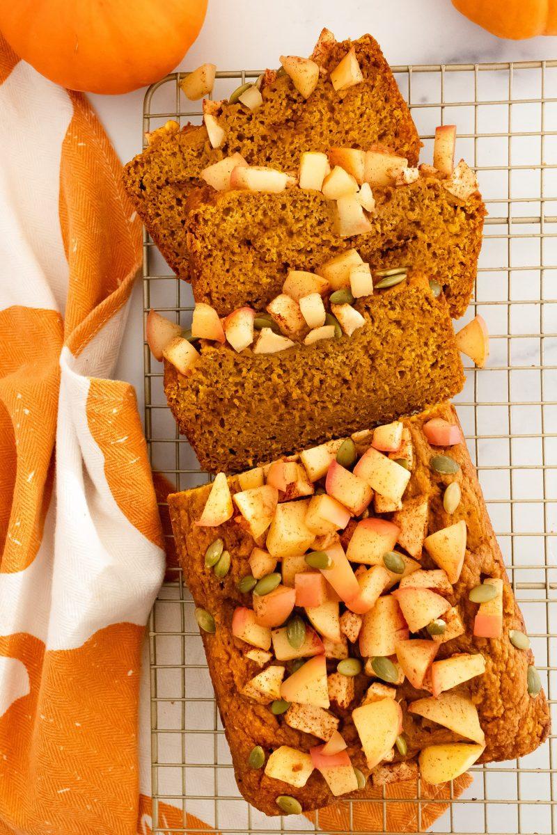 pumpkin apple bread with cinnamon apples and pumpkin seeds
