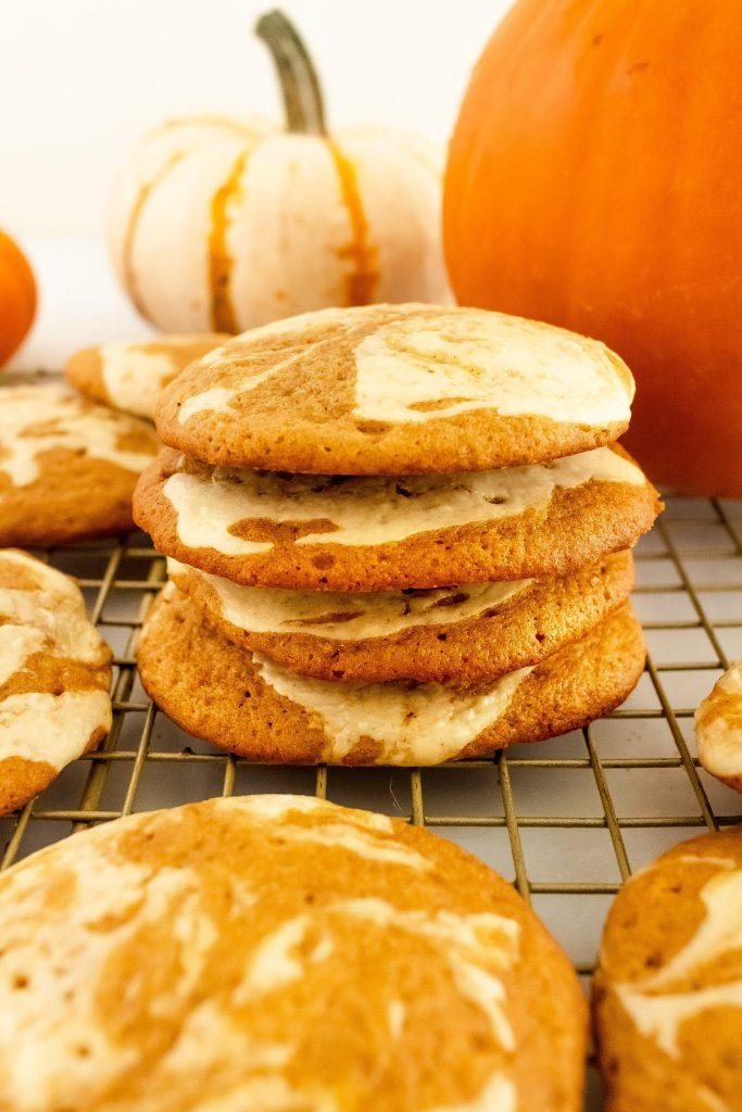 thin and crispy pumpkin cookies