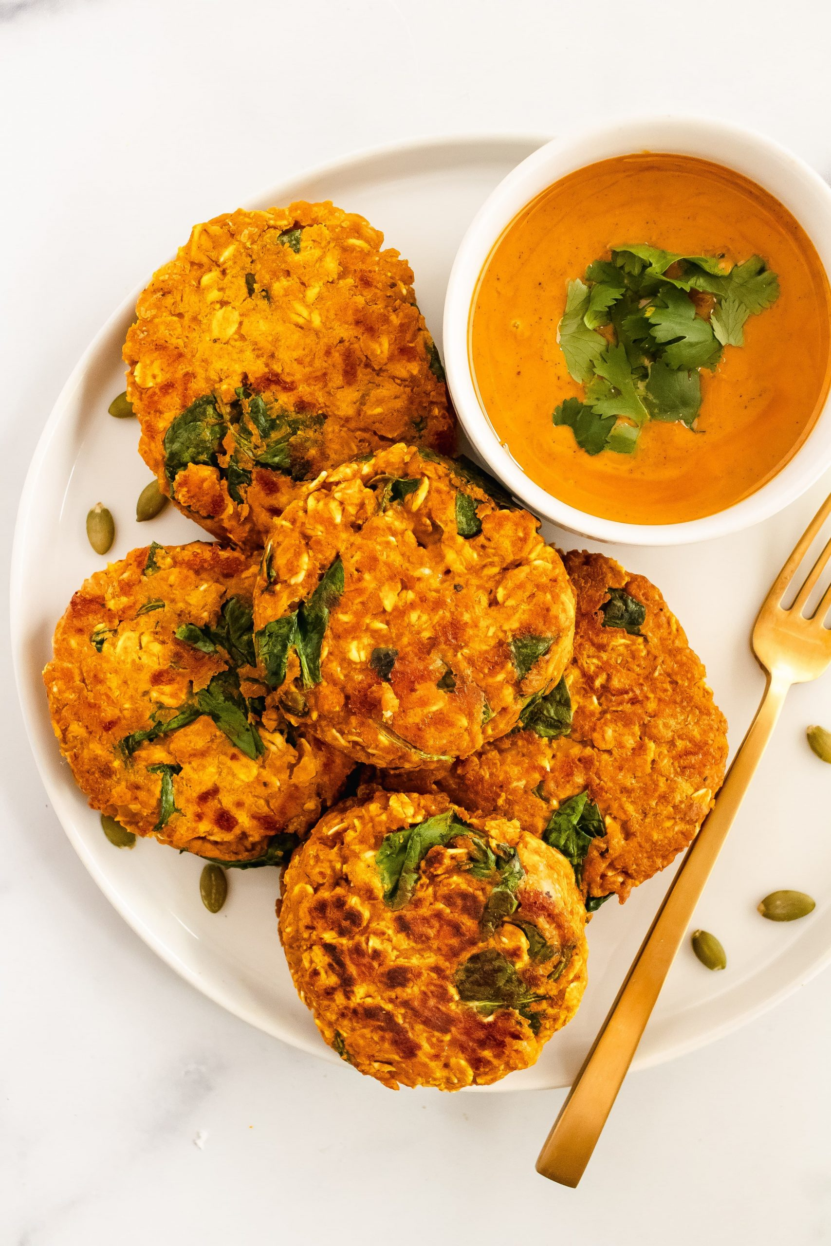 pumpkin spinach oat cakes