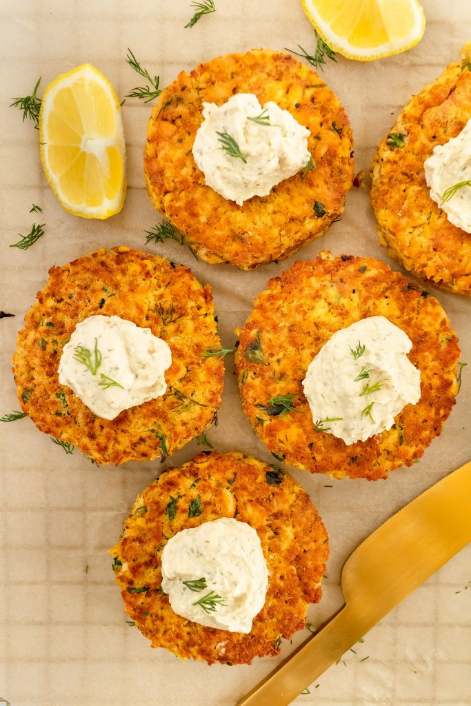 easy lemon dill salmon cakes
