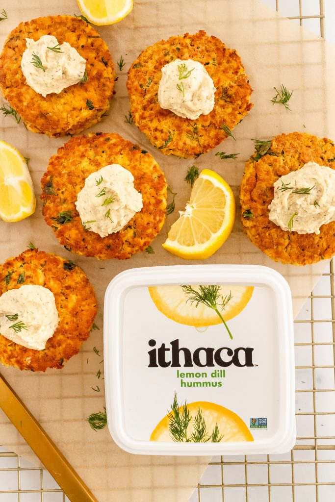 easy lemon dill salmon cakes made with canned salmon, fresh dill and lemon and hummus